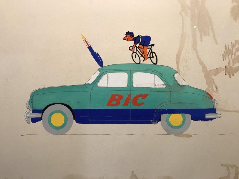 Vue de l'exposition La Collection Bic - Cenquatre Paris (7)