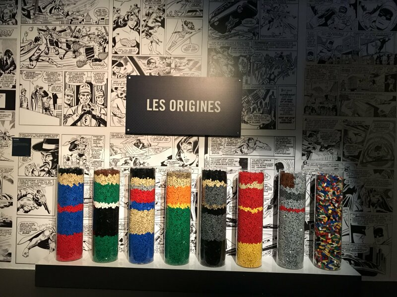 Vue de l'exposition The Art of the Brick, les super-héros DC en Lego - La Villette (1)