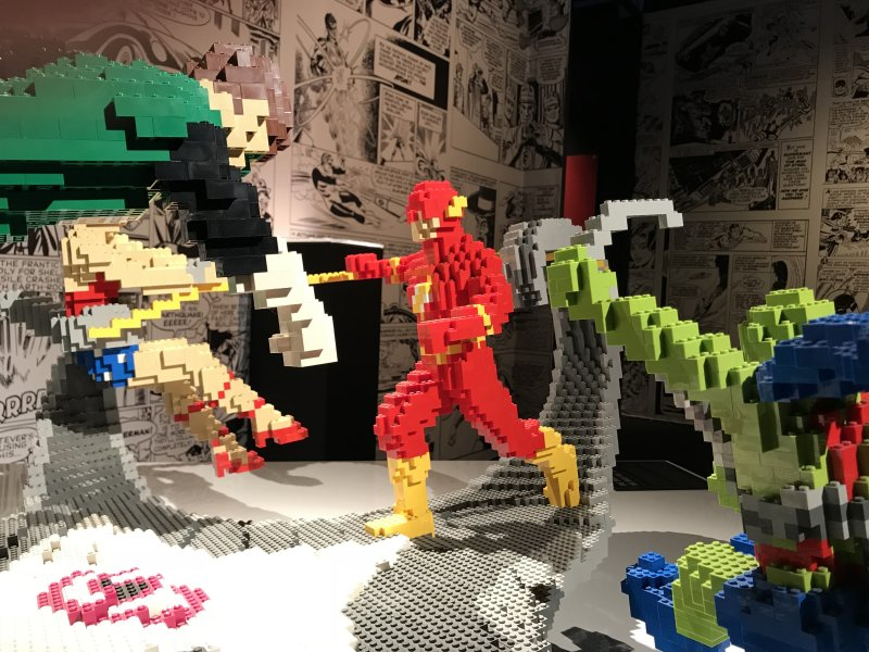 Vue de l'exposition The Art of the Brick, les super-héros DC en Lego - La Villette (10)