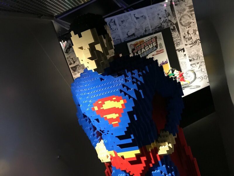 Vue de l'exposition The Art of the Brick, les super-héros DC en Lego - La Villette (12)