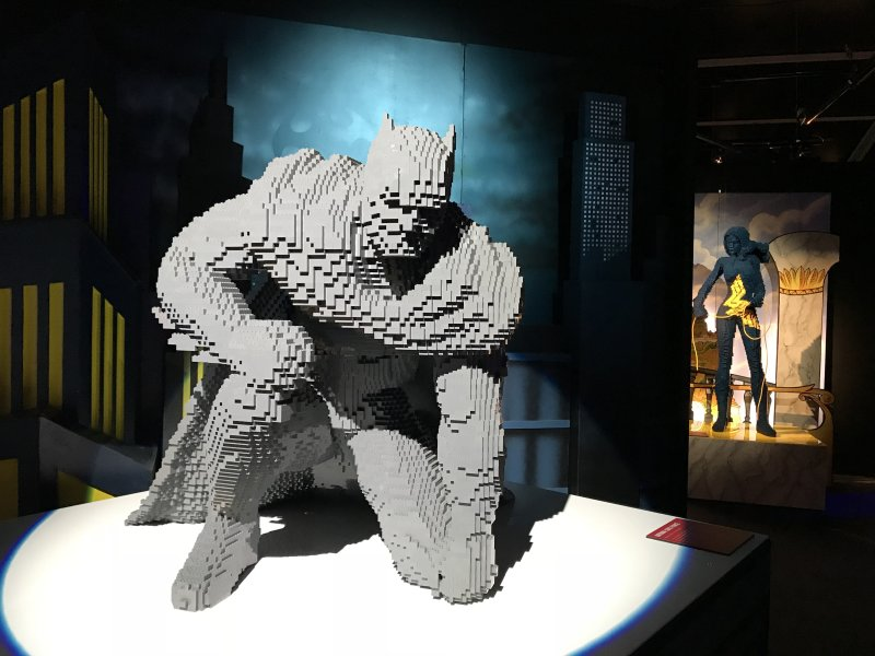 Vue de l'exposition The Art of the Brick, les super-héros DC en Lego - La Villette (19)