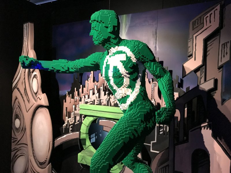 Vue de l'exposition The Art of the Brick, les super-héros DC en Lego - La Villette (20)