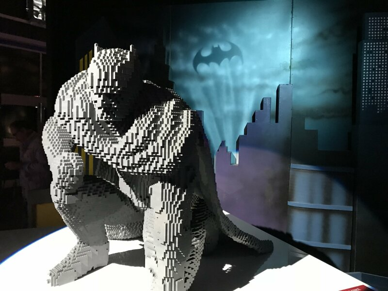 Vue de l'exposition The Art of the Brick, les super-héros DC en Lego - La Villette (23)