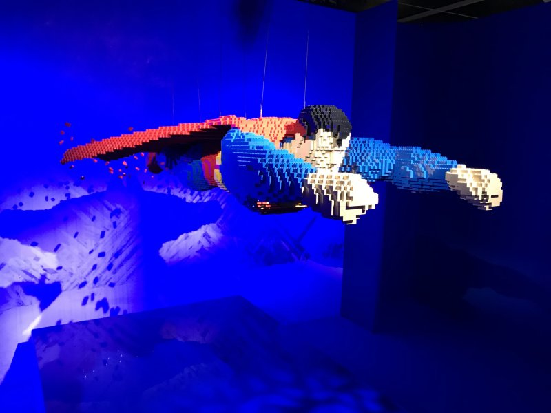 Vue de l'exposition The Art of the Brick, les super-héros DC en Lego - La Villette (27)