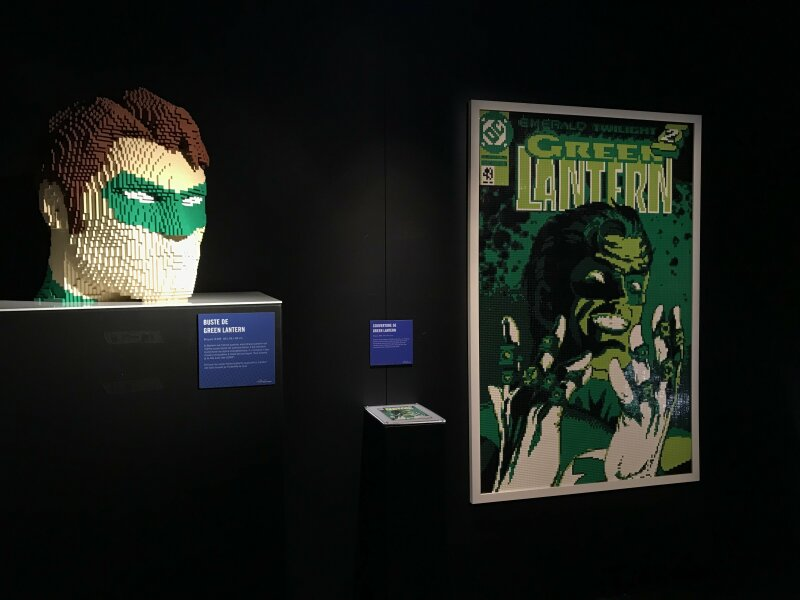 Vue de l'exposition The Art of the Brick, les super-héros DC en Lego - La Villette (51)