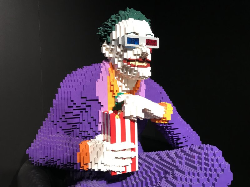Vue de l'exposition The Art of the Brick, les super-héros DC en Lego - La Villette (63)