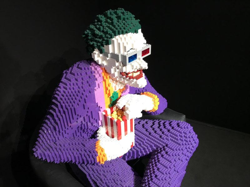 Vue de l'exposition The Art of the Brick, les super-héros DC en Lego - La Villette (64)