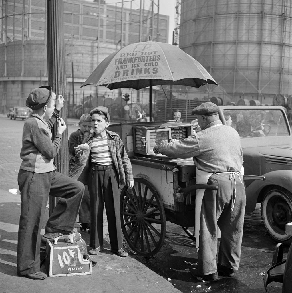 01. Shoeshine Boy, 1947