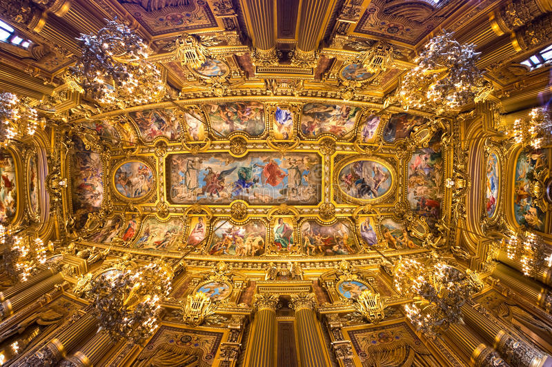 01. Palais Garnier