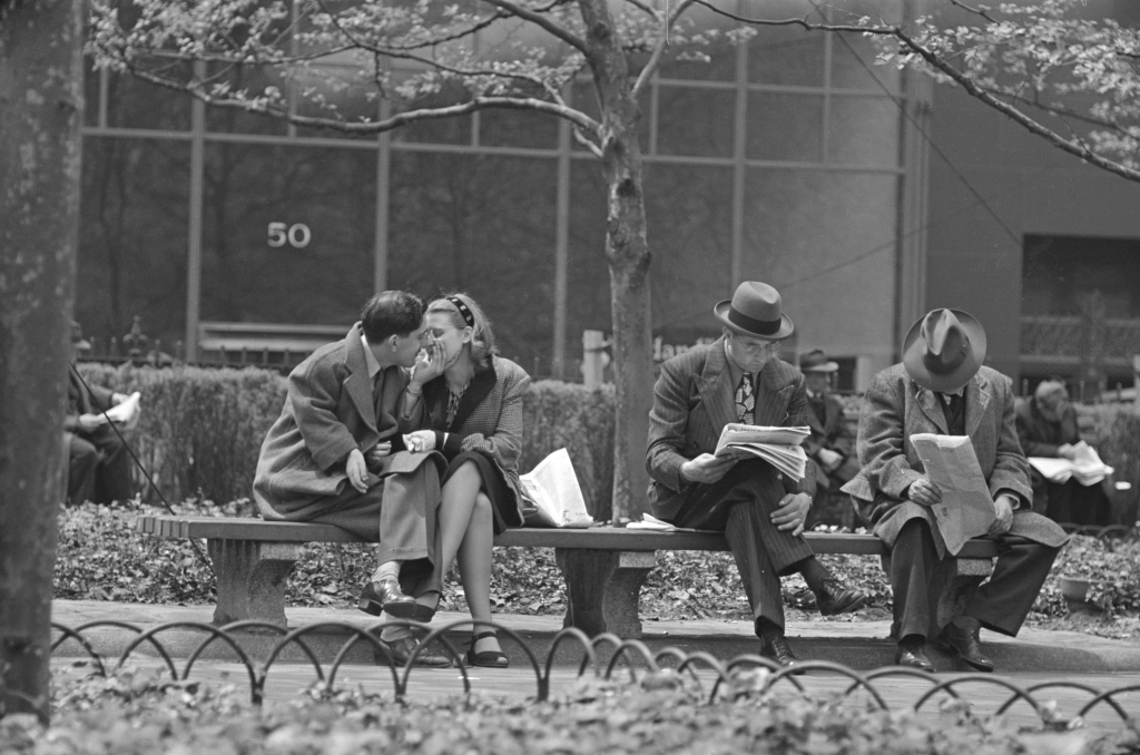 04. Park Benches - Love is Everywhere, 1946