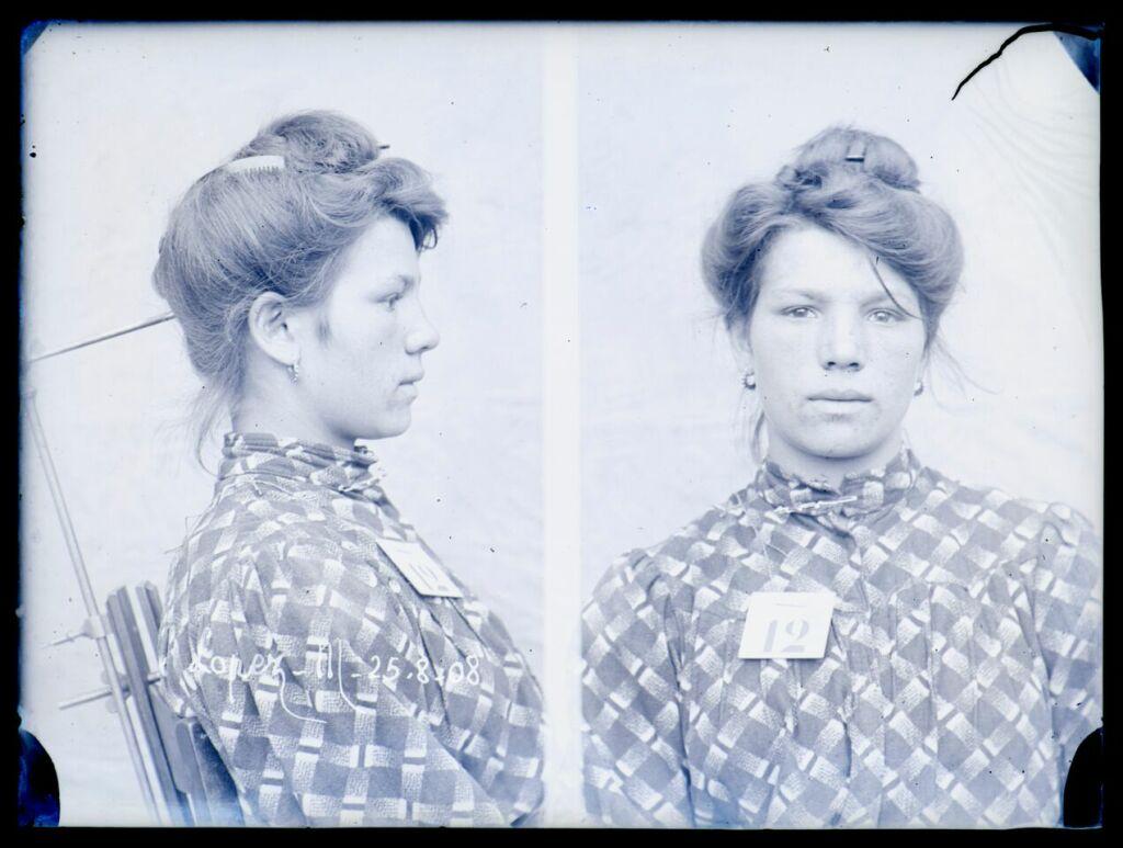 Auteur inconnu (photographe de police judiciaire), Portraits face profil réalisés en 1908, M. Lopez, négatifs sur verre, 9 × 12 cm