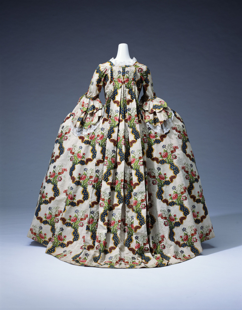 grande robe a la francaise
