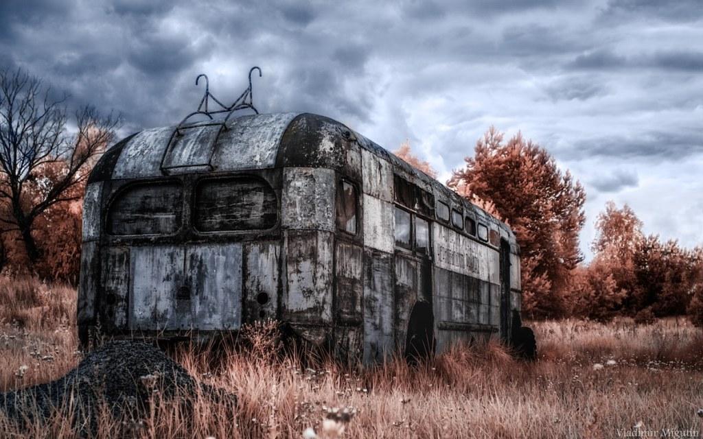 Un autobus dans un casse-automobile, Chernobyl Exclusion Zone