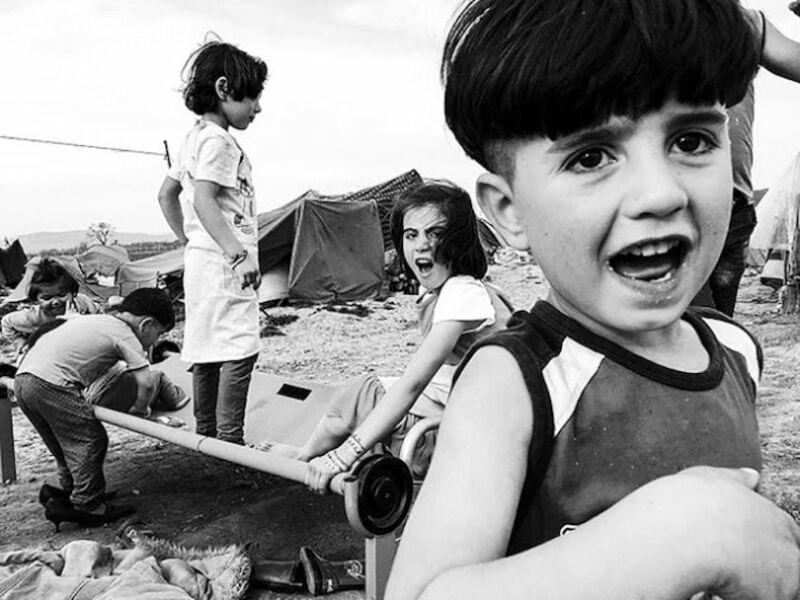 Les enfants oubliés d'Idomeni. (© Velar Grant, gagnant de la catégorie photo-essai)