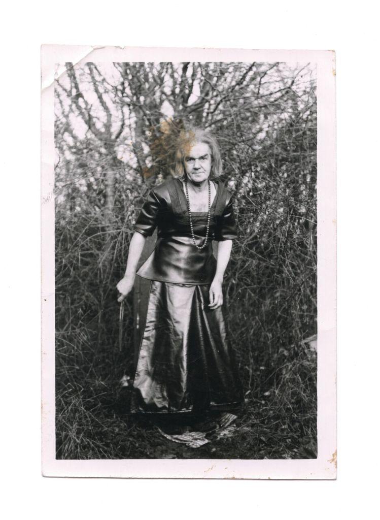 Marcel Bascoulard Pose 4, 27 décembre 1973, 1973 gelatin-silver print 8,9 x 12,9 cm Pinault Collection © Galerie Christophe Gaillard