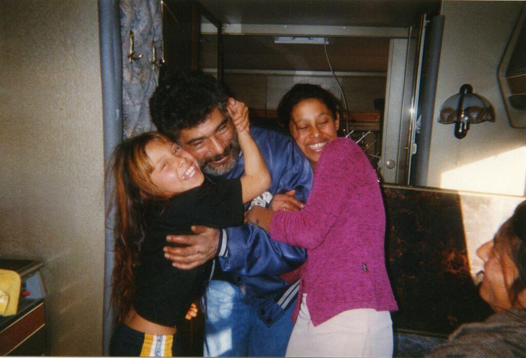 Vanessa, Johny et Priscilla, 2001