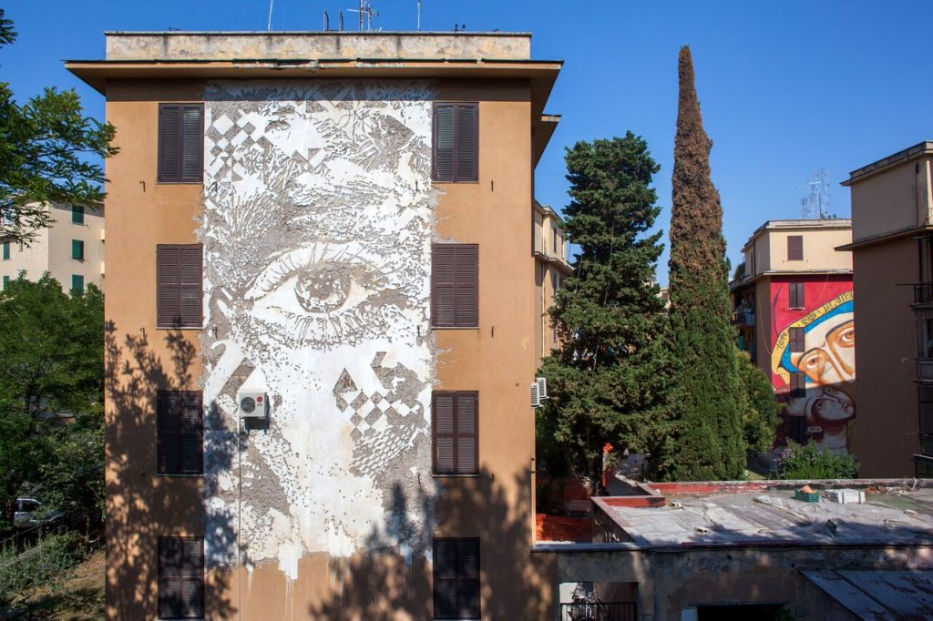 VHILS, Big City Life, 2015 - credit Alexander Silv