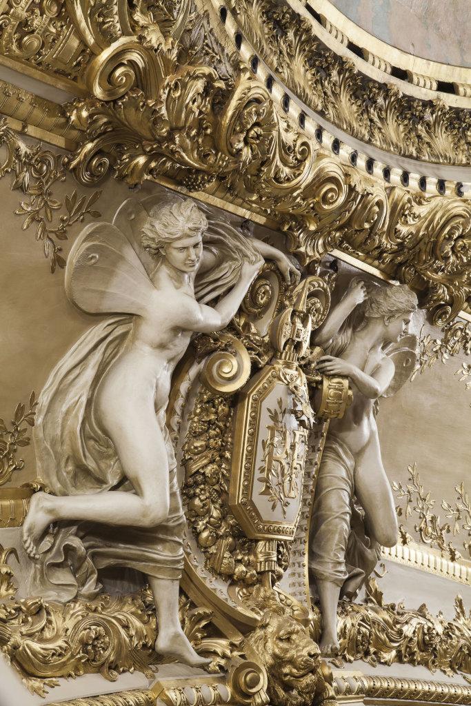 5 Détail du manteau d'Arlequin DR RMN-Grand Palais - Christophe Chavan