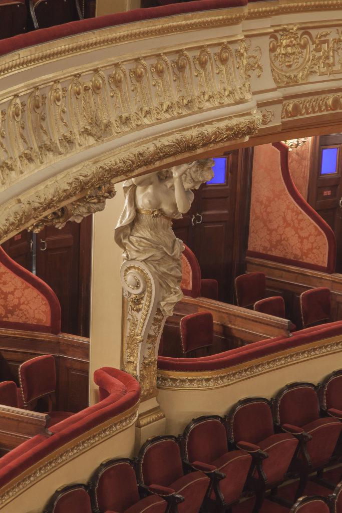 6 Cariatide dans la salle Favart DR RMN-Grand Palais - Christophe Chavan