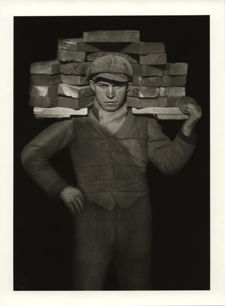 August Sander, Manœuvre, 1929 © Die Photographische Sammlung