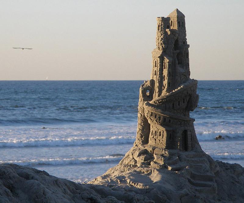 Chateau de sable d'un anonyme en Californie
