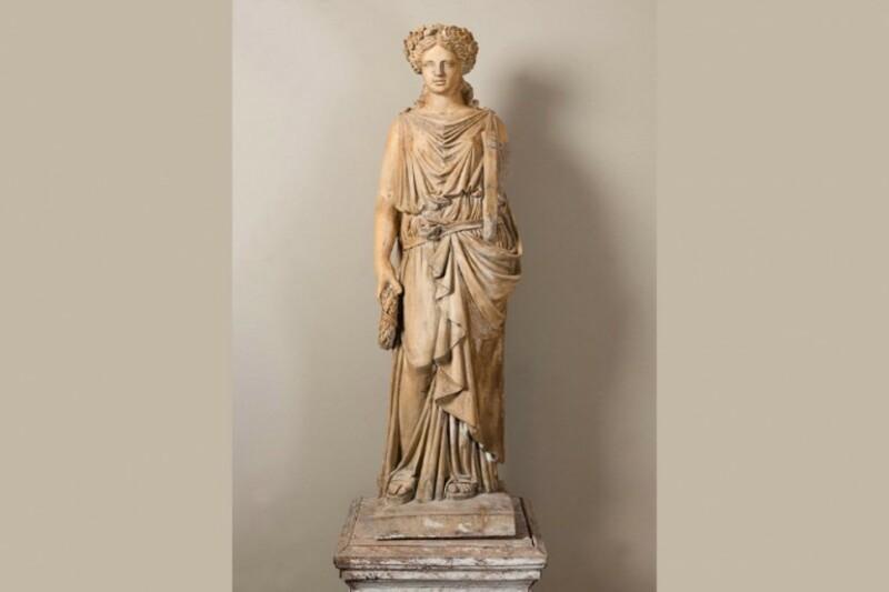 Galerie Belliard, Statue en terre cuite - DolceVita