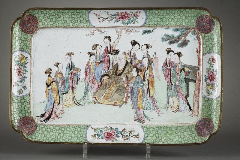 Grand plat en porcelaine de la famille verte DolceVita (Galerie Bertrand De Lavergne)