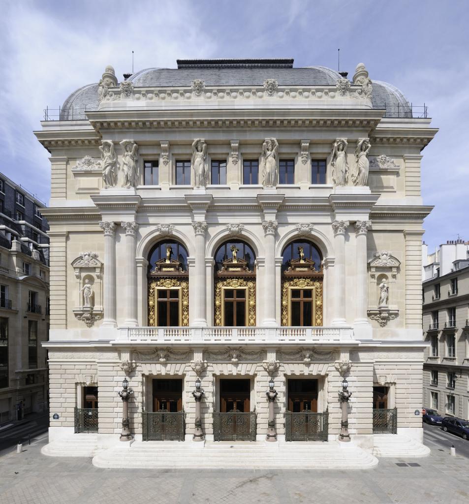 13 Façade DR RMN-René-Gabriel Ojeda - Opéra Comique