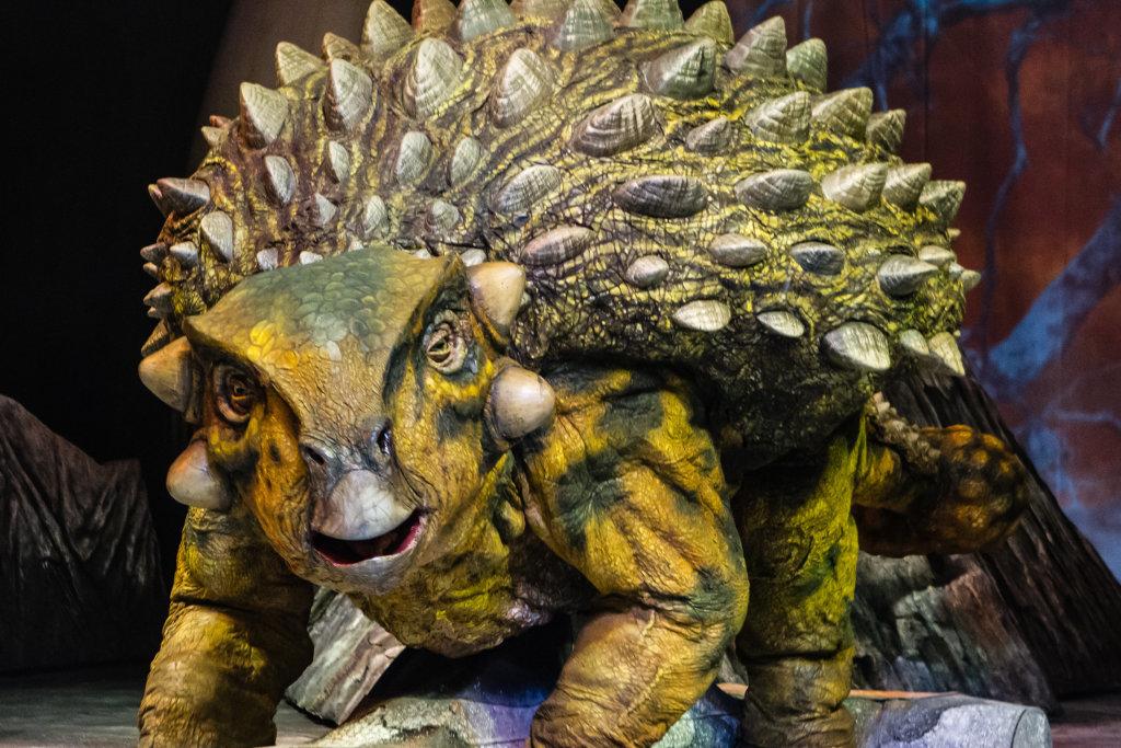 La marche des dinosaures - AccorHotel Arena - Ankylosaurus