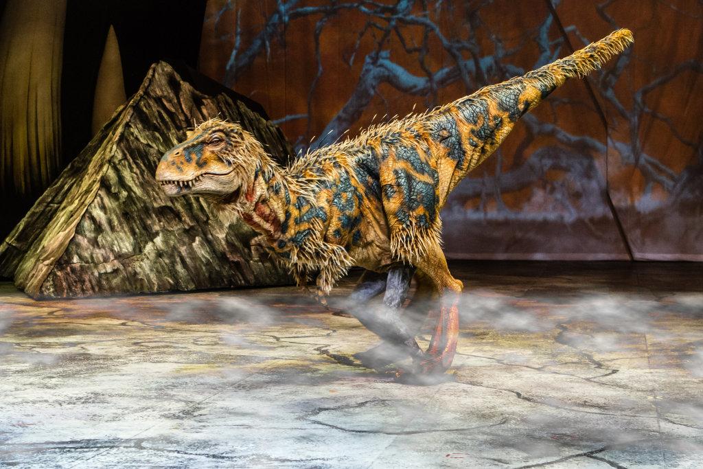 La marche des dinosaures - AccorHotel Arena - Baby T