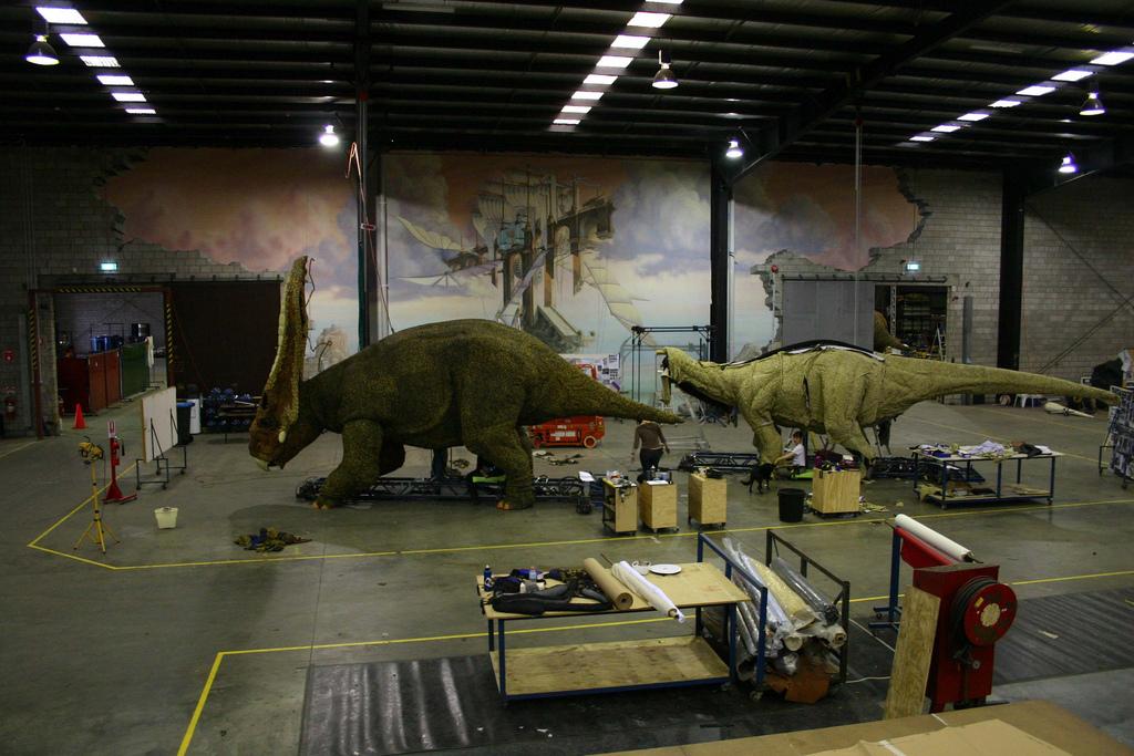 La marche des dinosaures - AccorHotel Arena - Making of