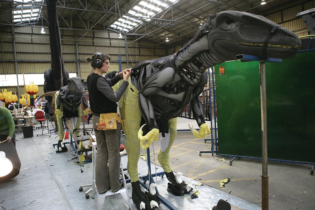 La marche des dinosaures - AccorHotel Arena - Making of6