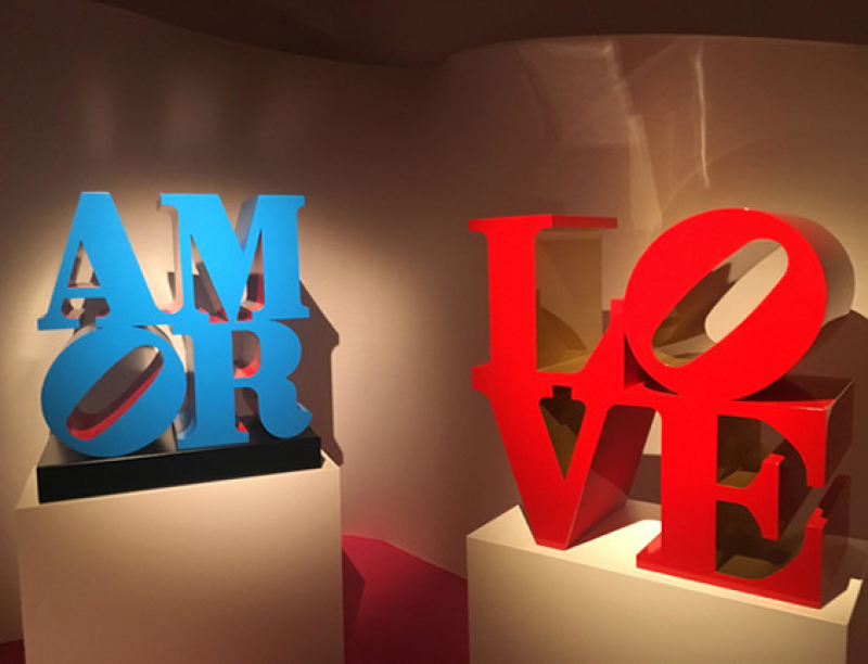 Robert Indiana, LOVE, AMOR, Milan