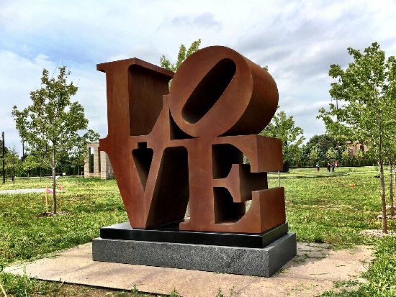 Robert Indiana, LOVE, AMOR, Minneapolis