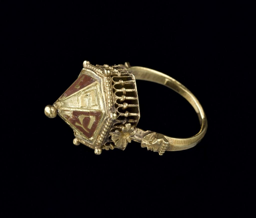 Bague de mariage juive provenant du trésor de Colmar, vers 1300