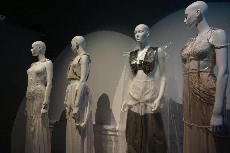 Vue de l'exposition Margiela - Palais Galliera (26)