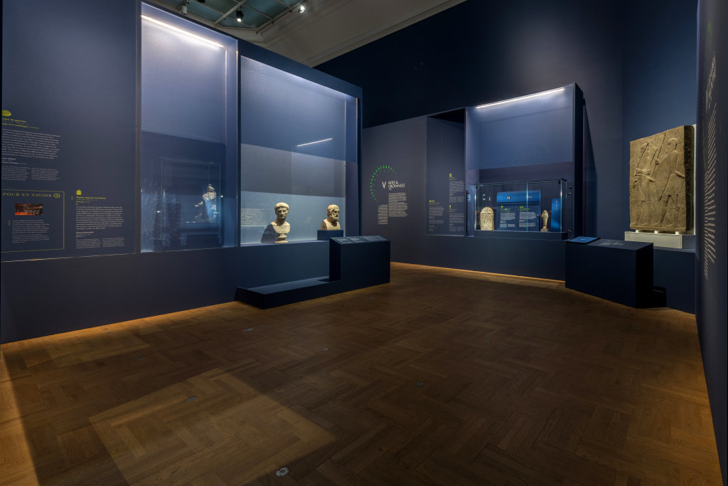 Vue de l'exposition Une histoire du monde en 100 objets du British Muséum - Musée des Beaux-Arts de Valenciennes © Photos - Service communication ville de Valenciennes (29)