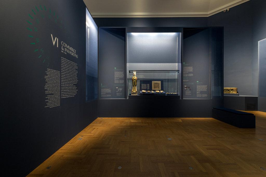 Vue de l'exposition Une histoire du monde en 100 objets du British Muséum - Musée des Beaux-Arts de Valenciennes © Photos - Service communication ville de Valenciennes (9)