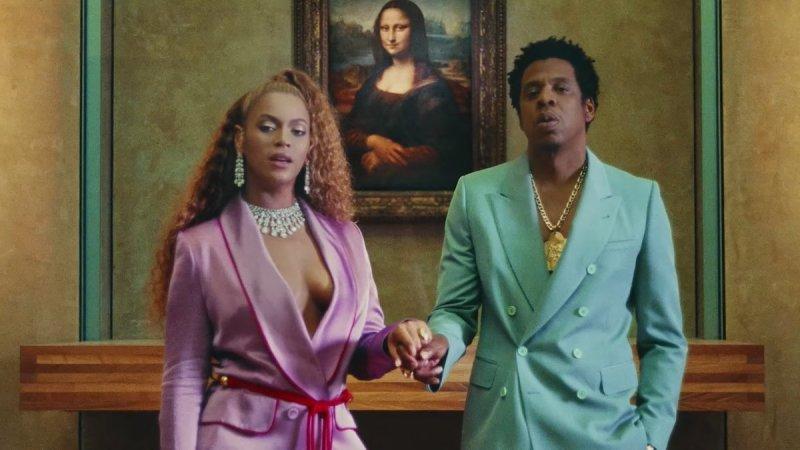Beyoncé et Jay Z au Louvre se tenant la main