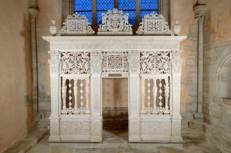 Clôture d'une chapelle, vers 1550 - 1575, pierre de tonnerre, collection des musées de Langres