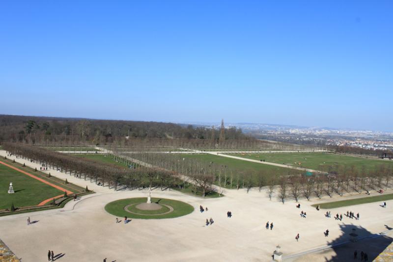Parc et facade nord du château de st Germain en Laye