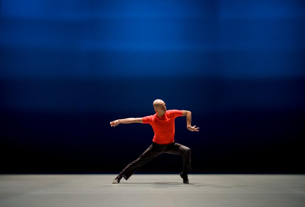 Miroku, chorégraphie de Saburo Teshigawara, Photographie de Bengt Wanselius, 2009 © Bengt Wanselius