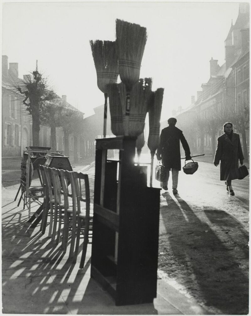 Sabine Weiss, Dun-sur-Auron, France, 1950