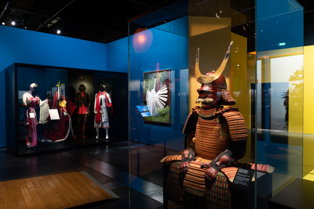 Scénographie de l'exposition Yokainoshima, esprits du Japon photo Bertrand Stofleth, musée des Confluences