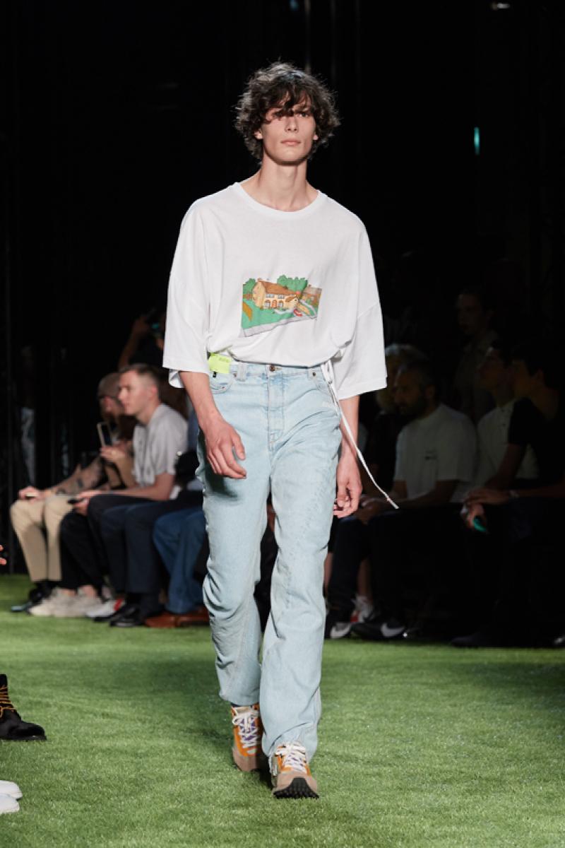 street look jean-t-shirt-baskets