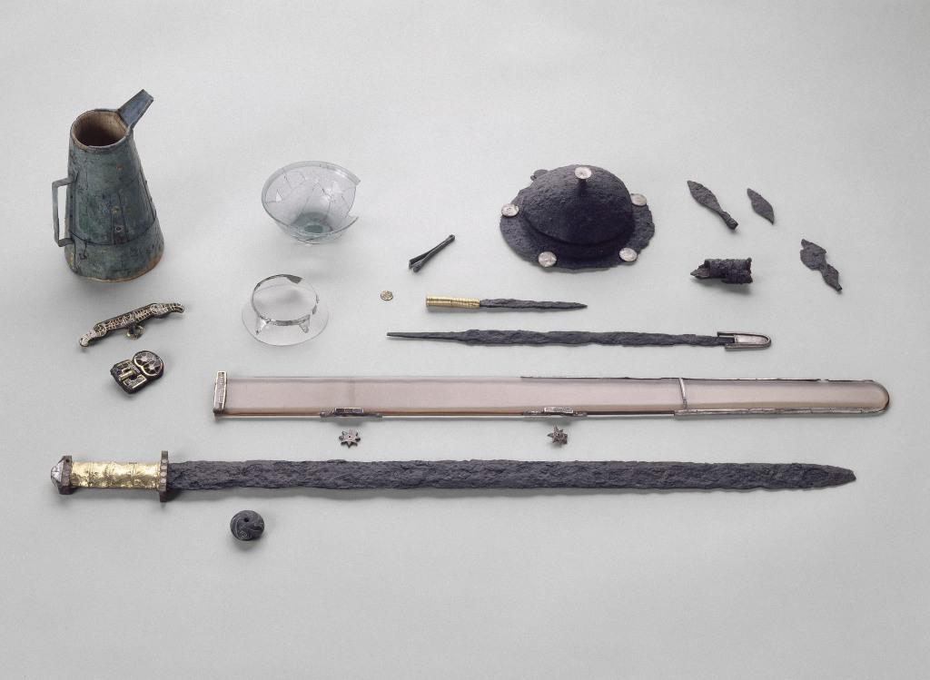 Trésors des collections - Musée d'archéologie nationale, Saint Germain en Laye (30)