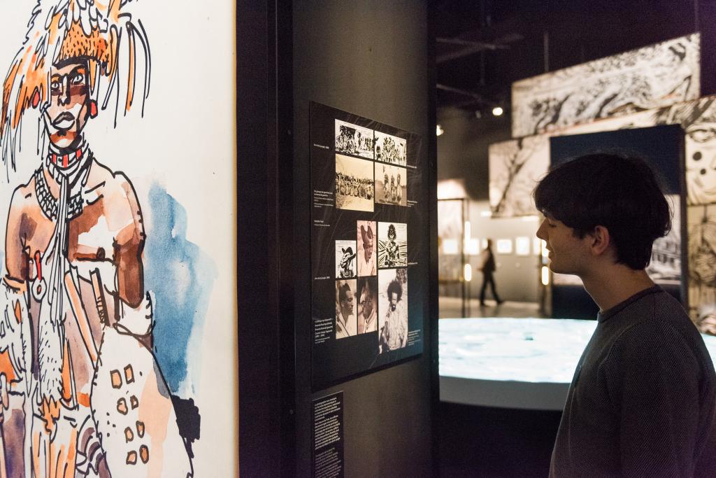 Vue de l'exposition Hugo Pratt, Lignes d'horizons - Musée des Confluences (3)