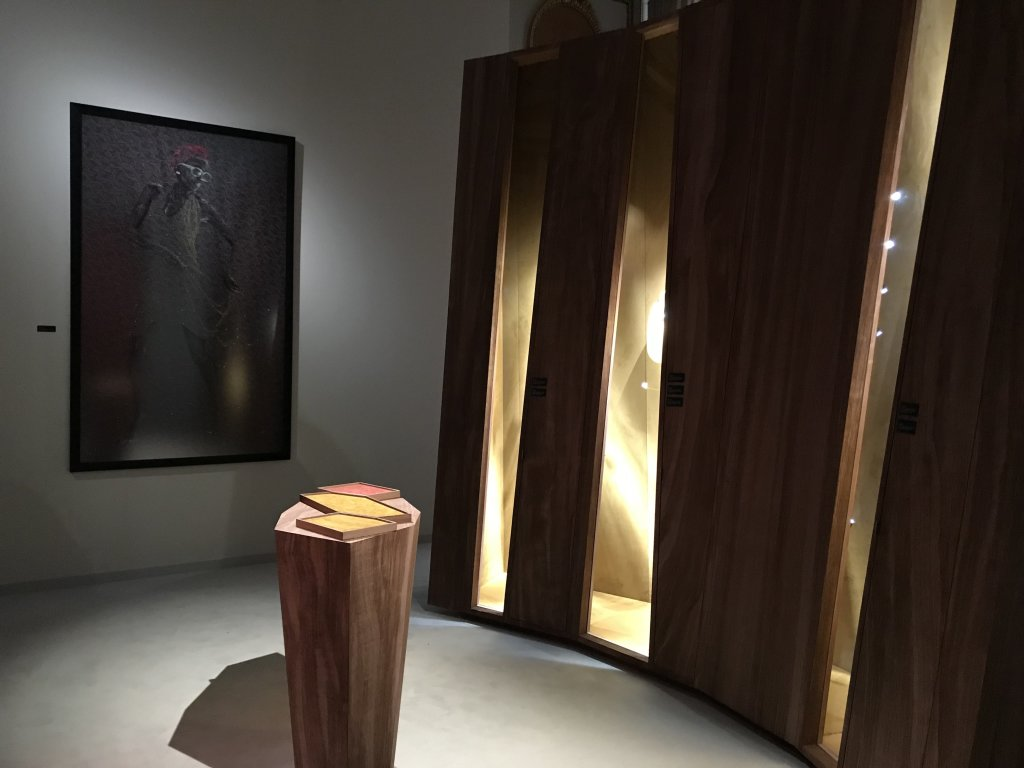 Vue de l'exposition Trésors d'Afrique - Salons Chaumet, Paris (30)