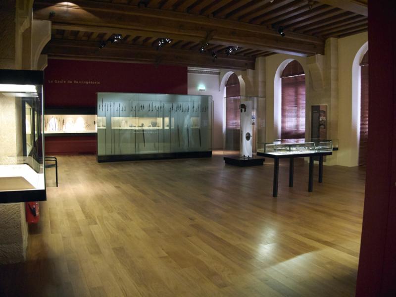 Vue des collections permanentes - Musée national d'archéologie, Saint Germain en Laye (2)