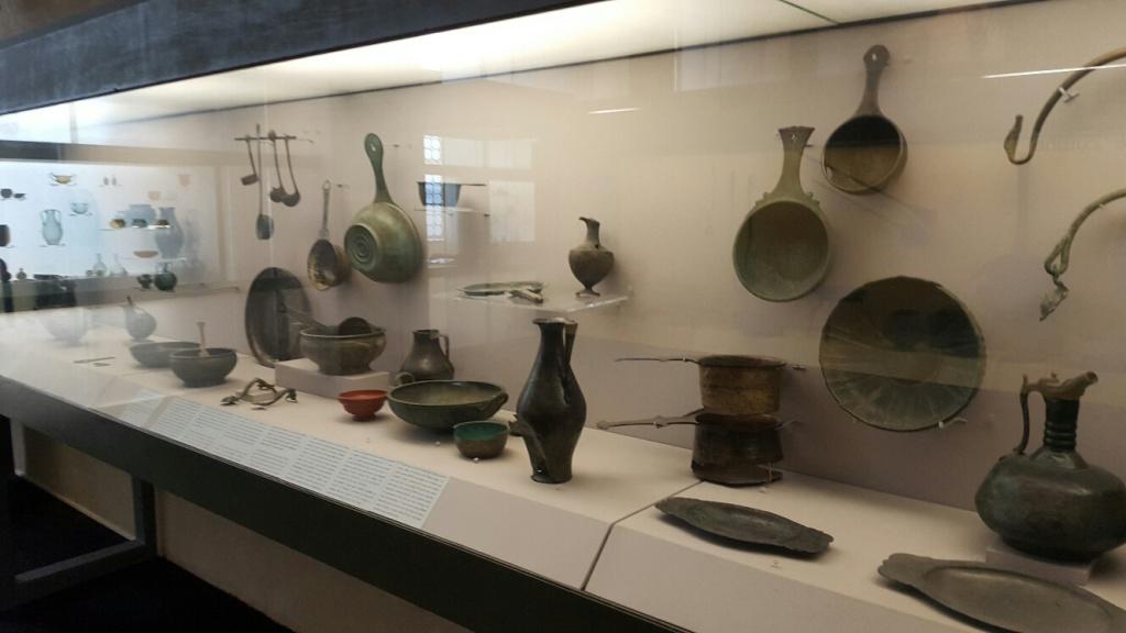 Vue des collections permanentes - Musée national d'archéologie, Saint Germain en Laye (20)